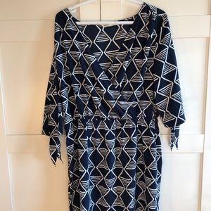 Geometric Pattern Dress with belt tie